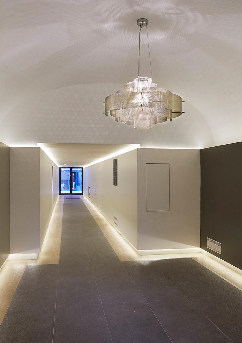 Luminaire Suspension Galaxie modèle medium hall d'immeuble Thierry Vidé Design