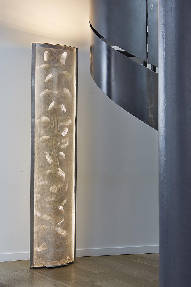 Luminaire Colonne de lumière Aile florale appartement Thierry Vidé Design