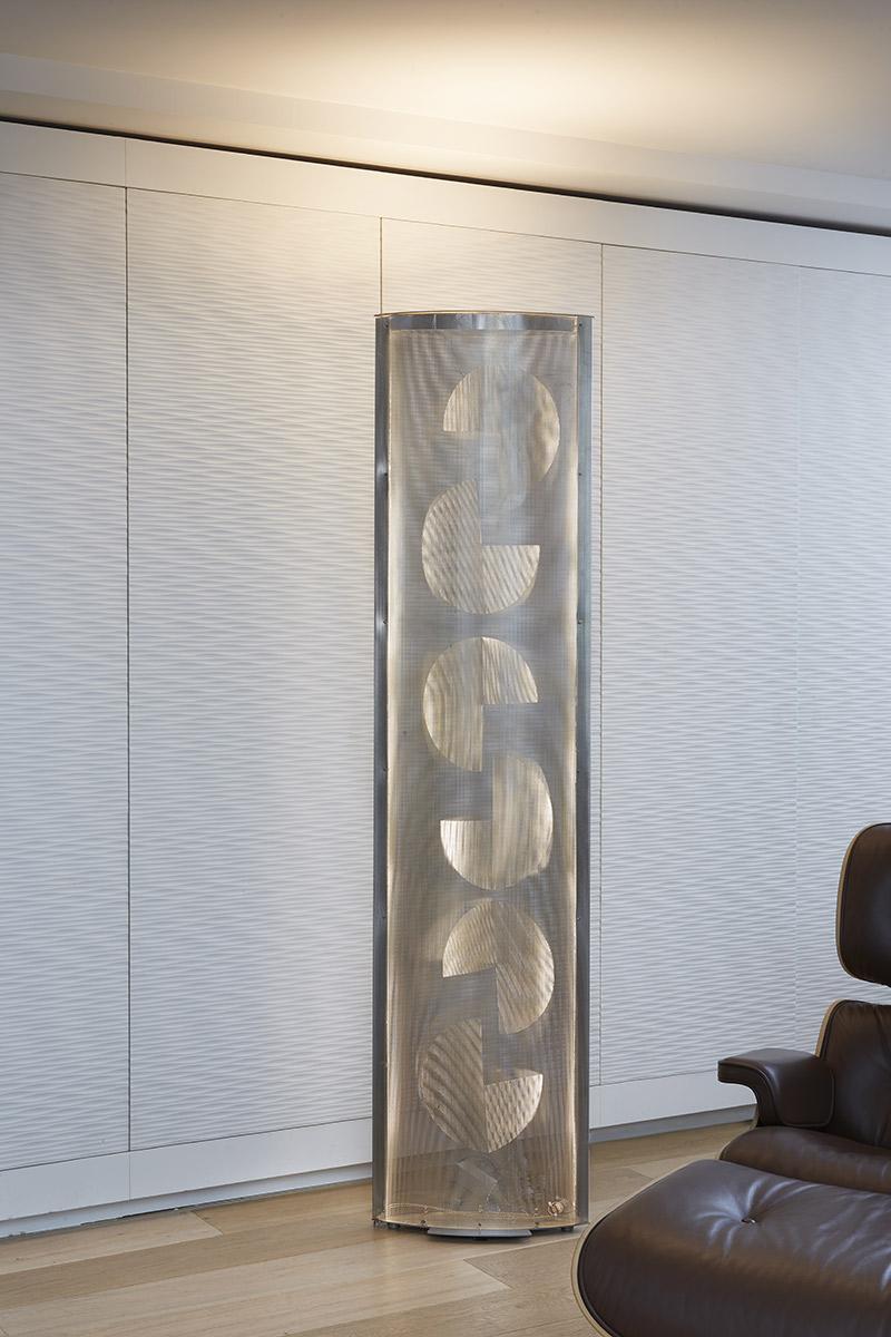 Luminaire Colonne de lumière Aile pacman appartement Thierry Vidé Design