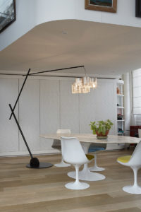 Light Tree Arc floor lamp light on with table Thierry Vidé Design