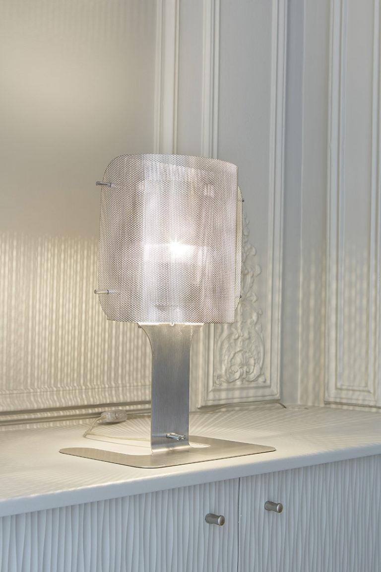 Light Ellipse lamp on desk Thierry Vidé Design