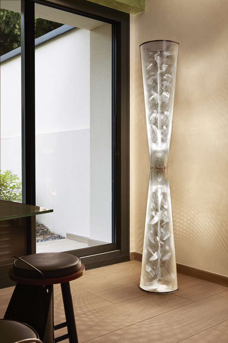 Lighting Florale Column in a living room Thierry Vidé Design