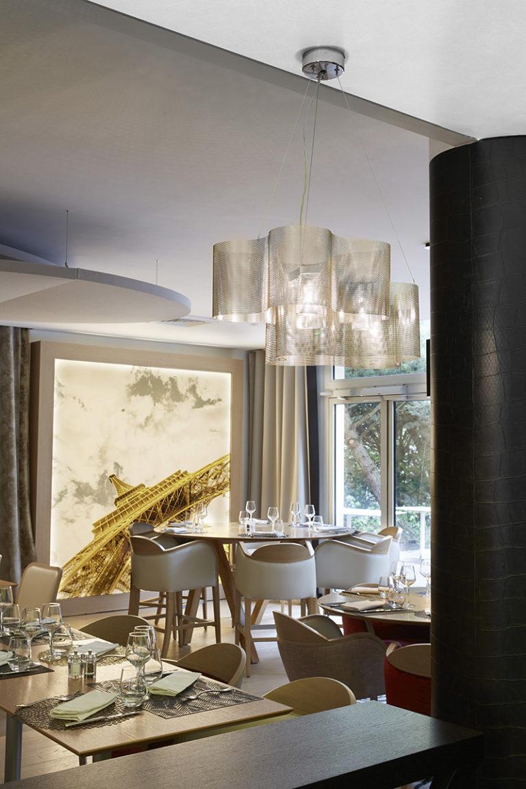Luminaire Suspension Petit Nuage restaurant Paris Thierry Vidé Design