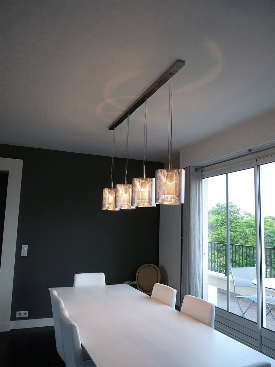 Luminaire suspension quadrilogie Ellipse salon Thierry Vidé design