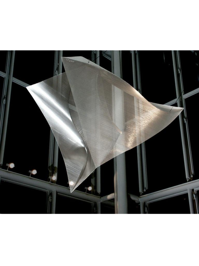 Sculpture Diamond by night Rungis Thierry Vidé Design