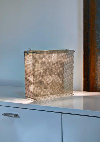 Lampe Tableau Alizé inox perforé - luminaire Thierry Vidé Design